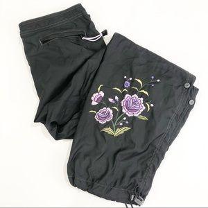 GAP Black Windbreaker Pants size M